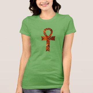 Ankh魅了される Tシャツ
