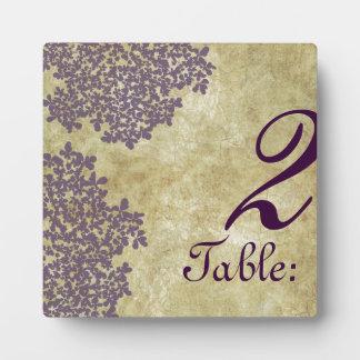 Annesヴィンテージの紫色の女王のレースのテーブル数 フォトプラーク
