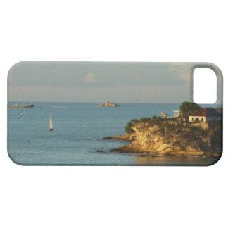 Antiguanの海岸の美しい島の海景 iPhone SE/5/5s ケース