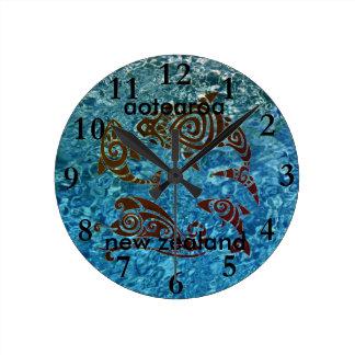 aotearoaのニュージーランドの時計のアカエイ6 ラウンド壁時計