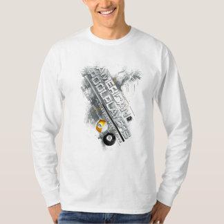 APAによって傾けられるデザイン Tシャツ