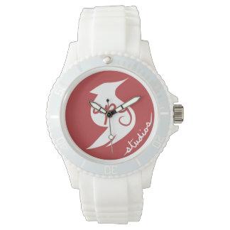 APGのスタジオのロゴの腕時計 腕時計