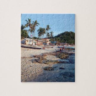 Apoの島のビーチ ジグソーパズル