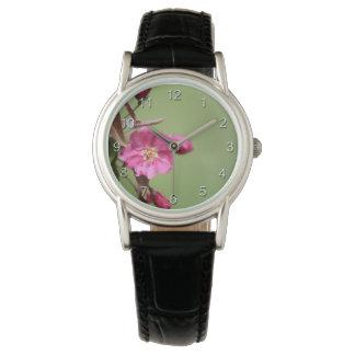 Appleのピンクの花 腕時計