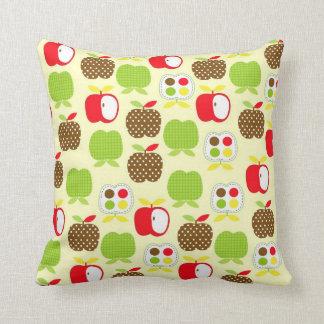 Appleの枕箱 クッション