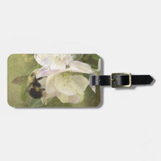 Appleの花および《昆虫》マルハナバチ ラゲッジタグ