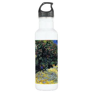Arlesの花盛りのクリの木が付いている道 ウォーターボトル