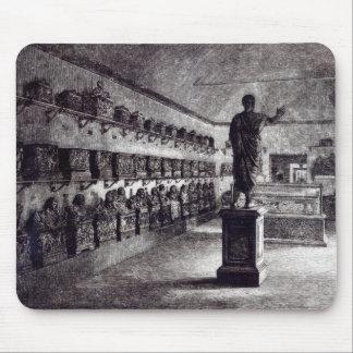 Arringatoreのホール、Etruscan博物館 マウスパッド