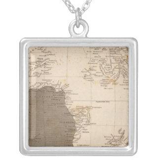 Arrowsmith著アフリカの地図 シルバープレートネックレス