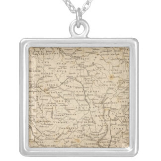 Arrowsmith著フランスの地図 シルバープレートネックレス