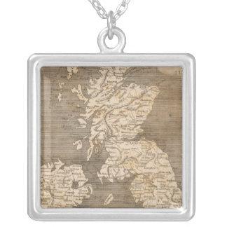 Arrowsmith著統一されたな王国の地図 シルバープレートネックレス