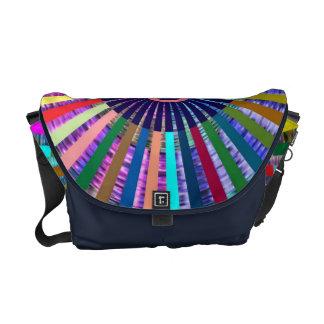 Art101斜子織のFolkartのタケのチャクラ メッセンジャーバッグ
