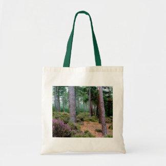 Ashleyのヒースの森林木の自然場面 トートバッグ