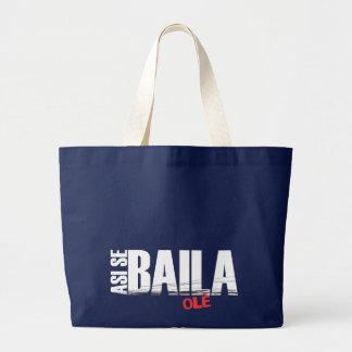 Asi Se Bailaの大きく暗いバッグ ラージトートバッグ