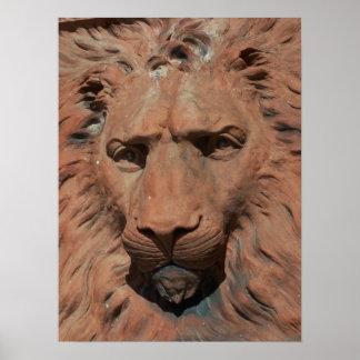 Aslanのライオンによって切り分けられる石造りのレリーフ、浮き彫りのセントオーガスティンの写真 ポスター