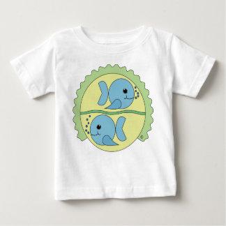 Astrobabies魚類の乳児のTシャツ ベビーTシャツ