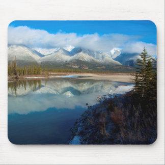 Athabascaの川、ジャスパー国立公園、アルバータ マウスパッド