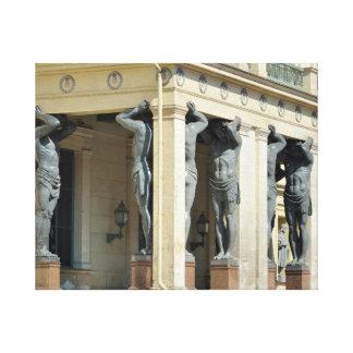 atlantesが付いている柱廊玄関 キャンバスプリント