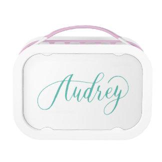 Audrey -モダンな書道の名前のデザイン ランチボックス