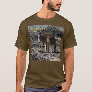 Aussie_Bush_Kangaroo_Mens_Brown_L_Sleeve_T-shirt Tシャツ