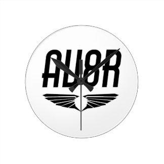 AV8R -飛行士及びパイロットの翼のデザイン ラウンド壁時計