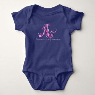 Avaの女の子名前及び意味手紙Aのベビーの服装 ベビーボディスーツ