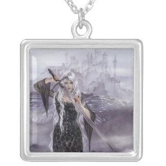 Avalonのネックレスの女性 シルバープレートネックレス