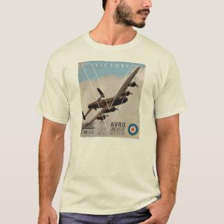AvroランカスターWW11の爆撃機のTシャツ Tシャツ