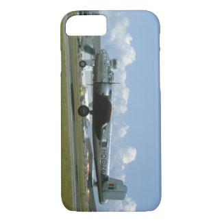 B25着陸。 (飛行機; b25_WWIIの飛行機 iPhone 8/7ケース