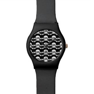 b&wの海賊スカル 腕時計