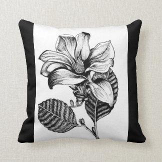 B&Wの花の枕 クッション