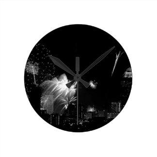 B&Wバンコクの花火 ラウンド壁時計