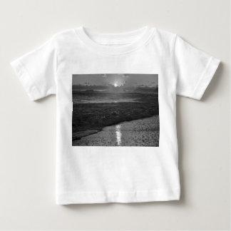 B&Wリオデジャネイロのビーチ ベビーTシャツ
