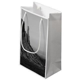 B&W記念碑の谷2 スモールペーパーバッグ