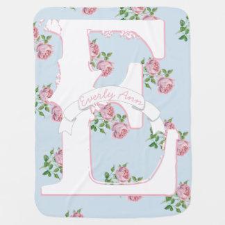 Baby Girl Monogram Vintage Rose Pink Blue Pattern ベビー ブランケット