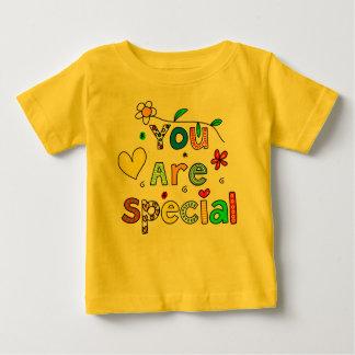babysのための特別なTシャツです ベビーTシャツ