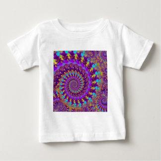 BabysのTシャツ-熱狂するなフラクタルの紫色のterquoise ベビーTシャツ