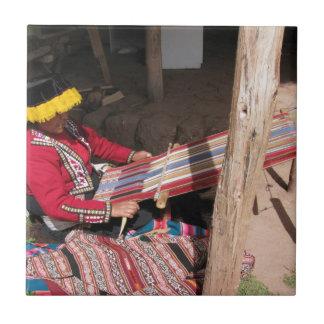 Backstrapの織機のÏnkaの女性 タイル