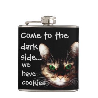 """Badass猫- """"暗黒面食べますクッキー""""を フラスク"""