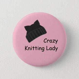 Badge熱狂するな編み物の女性 5.7cm 丸型バッジ