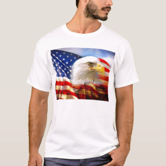 Bald_Eagle_Head_and_American_Flag Tシャツ