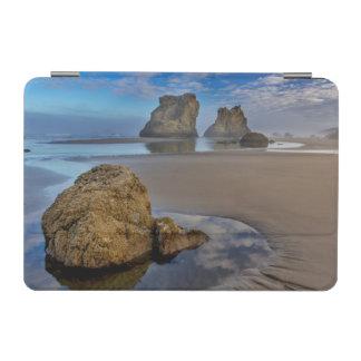 Bandon、オレゴン2のBandonのビーチの海の積み重ね iPad Miniカバー