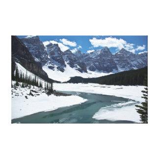 Banf、カナダの7つの姉妹そしてmoraine湖 キャンバスプリント