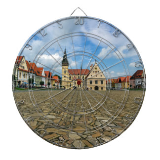 Bardejov、スロバキアの古い町の広場 ダーツボード