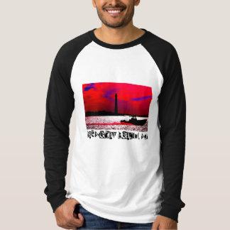 Barnegatのビーチのグラフィックのティー Tシャツ
