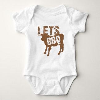 BBQは! かわいく小さい牛を使って ベビーボディスーツ