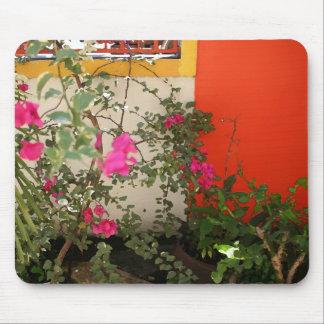 Belizianの開花 マウスパッド