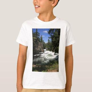 Benhamの滝、Sunriver、オレゴン Tシャツ