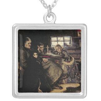 Beriozovo 1883年のMenshikov家族 シルバープレートネックレス