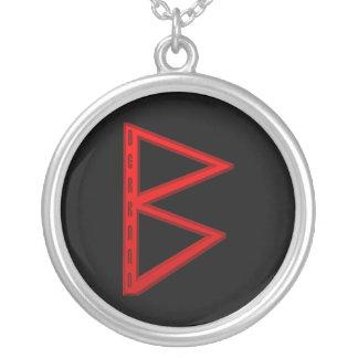 BerkanoのRuneの赤 シルバープレートネックレス